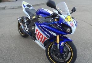 Yamaha R1 (m1) Valentino Rossi edition Краснодар